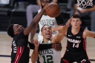 """Neįtikėtino """"Heat"""" sezono kulminacija: Majamio krepšininkai sensacingai pasiekė NBA finalą"""