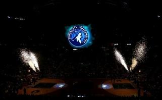 """Puikus D.Sabonio pasirodymas Mineapolyje, """"Wolves"""" pristatė naują logotipą"""