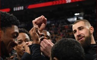 """Pratęsime """"Raptors"""" į priekį vedęs J.Valančiūnas padėjo įveikti """"Mavericks"""" (rezultatai)"""