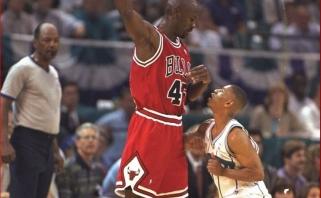 Žemiausias visų laikų NBA žaidėjas įvardijo tris geriausius krepšininkus lygos istorijoje