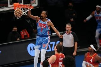 K.Durantas aplenkė iš karto tris žaidėjus visų laikų rezultatyviausiųjų sąraše