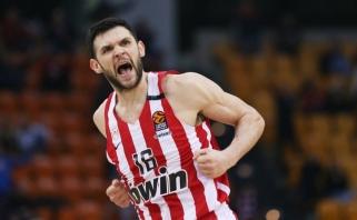 """Karštas Graikijos derbis neapsiėjo be incidentų: """"Olympiakos"""" sulauks Eurolygos baudos"""