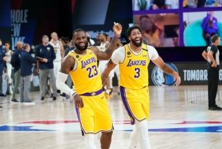 """Lyderių vedama """"Lakers"""" nutraukė nesėkmių seriją, """"Heat"""" sutriuškino """"Pacers"""""""