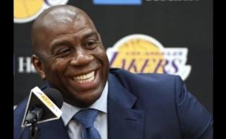 """Sensacija Los Andžele: Magicas Johnsonas atsistatydino iš """"Lakers"""" prezidento posto"""