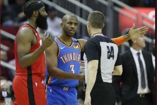 """Gilėjanti """"Rockets"""" krizė: J.Hardenas prametė 16 tritaškių, """"Thunder"""" triumfavo Hjustone (rezultatai)"""