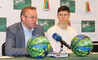 """Lietuvos krepšinio federacija ir """"Sprite"""" rems mokyklas"""