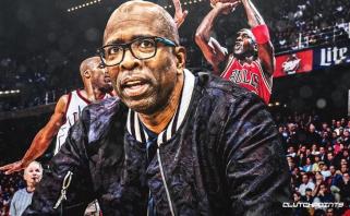 """K.Smithas: """"Rockets"""" laimėtų titulus, net jei M.Jordanas nebūtų pasitraukęs iš krepšinio"""