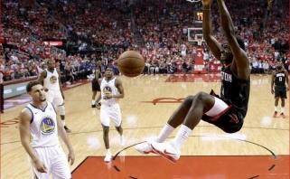 """NBA Vakarų finalo trileryje - """"Rockets"""" pergalė ir į kampą įsprausti čempionai"""