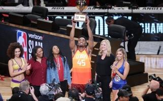"""NBA """"Visos žvaigždės"""": Bookerio tritaškiai ir Mitchello triumfas dėjimų konkurse"""