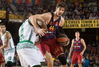 """""""Barcelona"""" užtikrintai įveikė """"Panathinaikos"""" krepšininkus"""