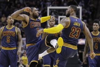 """NBA žvaigždė ir vienas """"Cavaliers"""" lyderių K.Irvingas pareiškė norintis keisti klubą"""