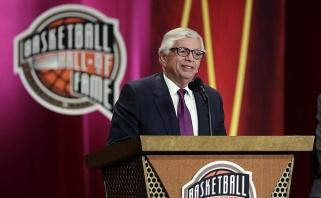 Krepšinio pasaulis gedi: Anapilin iškeliavo ilgametis NBA komisaras D.Sternas
