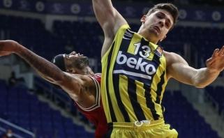 """""""Fenerbahče"""" be lyderių 58 taškais sutriuškino trečioje vietoje esančią ekipą"""