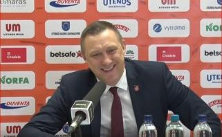 """Urbonas liaudišku žargonu įvertino Skučo """"disko metimą"""" ir juokavo apie paieškas šiukšlyne"""