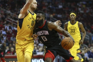 """NBA: neišsiskiriantys lietuvių pasirodymai, """"Thunder"""" duobė ir K.Porzingio trauma"""