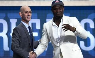 """Be staigmenų: pirmuoju NBA naujokų biržoje pasirinktas """"naujasis LeBronas"""" - Z.Williamsonas"""