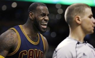 """NBA: čempionai užčiaupė skeptikus sutriuškindami """"Celtics"""" (rezultatai)"""