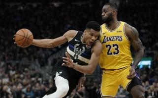"""""""Greek Freak"""" tritaškiai parbloškė """"Lakers"""" su trigubą dublį surinkusiu LeBronu (rezultatai)"""