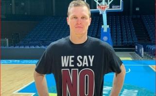 """""""Lietkabelio"""" žaidėjai - su marškinėliais """"We Say No To Racism!"""""""