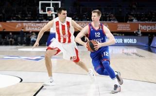 """""""Anadolu Efes"""" namie palaužė """"Crvena Zvezda"""" krepšininkus"""