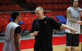 R.Kurtinaitis: mums kiekvienos rungtynės yra pačios svarbiausios (interviu, video)