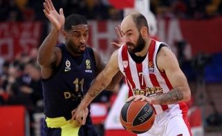 """Eurolygos finalininkų dvikovoje """"Olympiacos"""" sutriuškino čempionus"""