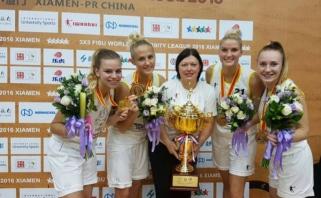 """Akibrokštas: Kaunas pasaulio čempiones krepšininkes paliko """"ant ledo"""""""