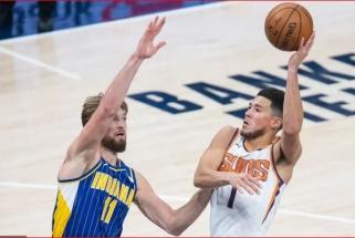 """Traumuotą """"Lakers"""" žvaigždę """"Visų žvaigždžių"""" mače pakeitė """"Suns"""" vedlys"""