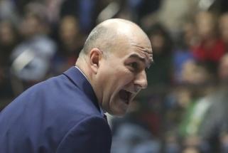 """""""Valencia"""" pratęsė sutartį su treneriu ir atsisveikino su gynėju"""