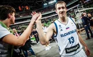 """""""Pieno žvaigždžių"""" gretose - Slovėnijos rinktinėje debiutavęs gynėjas"""