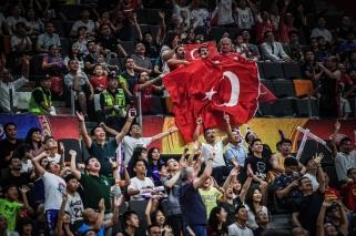 Turkai tik lemiamame ketvirtyje palaužė Juodkalniją