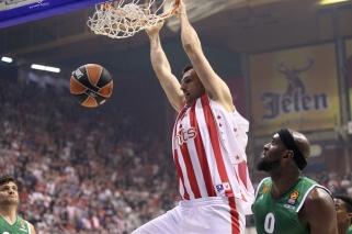 """""""Crvena Zvezda"""" toliau skriaudžia grandus - nukovė ir """"Panathinaikos"""" (video)"""