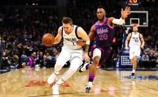 """""""Rockets"""" ir """"Warriors"""" smaginosi su autsaideriais, Dončičius nukalė """"Mavericks"""" pergalę"""