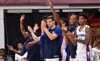 """D.Sirvydis menkai prisidėjo prie užtikrintos """"Pistons"""" pergalės"""