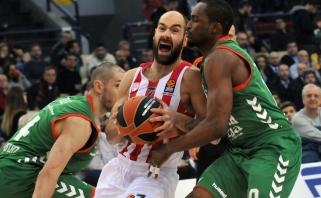 """""""Olympiakos"""" nepadoriu skirtumu įveikė """"Baskonia"""" su T.Sedekerskiu (video)"""
