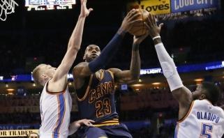 Kovingumu pasižymėjęs D.Sabonis pristabdė L.Jamesą ir patiesė NBA čempionus