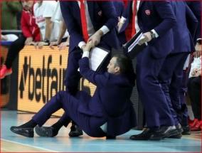 """D.Blattas - vėl ant žemės: """"Olympiakos"""" strategas šįkart tapo """"Real"""" lyderio auka"""