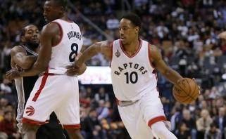 """Aštuoniese žaidę """"Raptors"""" nutraukė """"Spurs"""" pergalių seriją"""