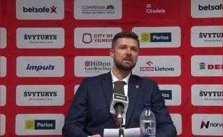 Kairys atsisveikino su dviem žaidėjais, Urbonas praskleidė derybų užuolaidas
