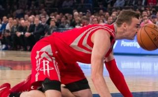 Krepšinis linksmai: per NBA rungtynes įvyko žiopliausia metų ataka?