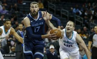 """Atsuko nugarą: """"Raptors"""" J.Valančiūnui pagailėjo NBA čempiono žiedo"""