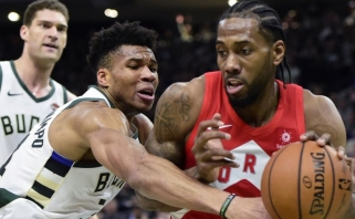 """Tritaškiais prapliupę """"Raptors"""" - per žingsnį nuo NBA finalo"""