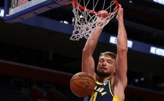 """Pro šalį mėtęs D.Sabonis surinko dvigubą dublį, o """"Pacers"""" nepasipriešino """"Bucks"""""""