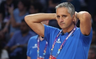 """Trenerio ieškantys """"Grizzlies"""" susitiko su darbą Finikse praradusiu serbu"""