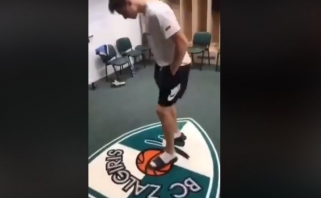 """""""Žalgirio"""" logotipą trypęs ir apspjaudęs sostinės krepšinio talentas atsiprašė"""