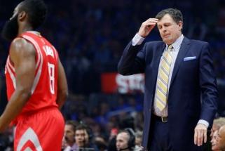 """""""Rockets"""" treneris: Hardenas - ne lyderis, žaidėjai jo neklauso"""