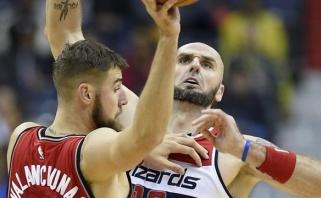 """J.Valančiūnas neprilygo lenkui, o """"Raptors"""" teko nuryti karčią piliulę"""