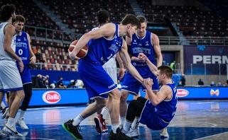 """Sensacingai pirmą pralaimėjimą italams išrašę estai – viena koja """"Eurobasket 2022"""""""