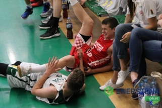 Lietuviai sutriuškino kroatus ir pergale pradėjo R.Šiškausko turnyrą