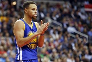 """Galingas sugrįžimas: S.Curry priartino """"Warriors"""" prie NBA Vakarų konferencijos finalo"""